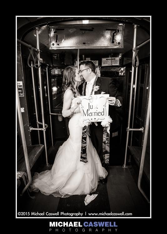 new-orleans-streetcar-wedding